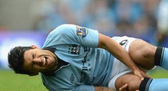 Man City forward Sergio Aguero suffers fractured rib in car crash
