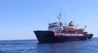Maltese far-right supporters launch petition in aid of anti-migrant vessel