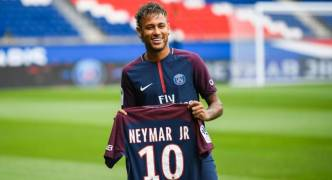 Neymar Transfer: A 'most difficult decision' as Brazilian nets €30 million salary