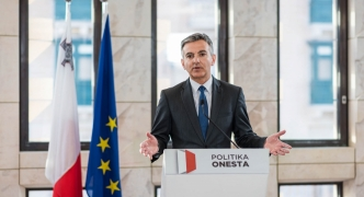 Medical visas scam: 'Clear links between bribes and Castille' - Busuttil