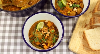 [WATCH] Peanut, Sausage and Bean Stew
