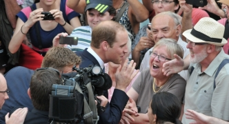 Royal Visit •Crowds love William as prince meets well-wishers [SLIDESHOW]