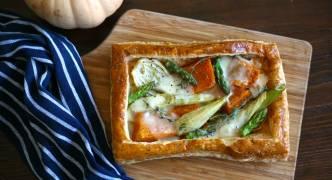 Pumpkin, fennel and Taleggio tart