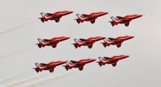 [SLIDESHOW] Red Arrows display air supremacy