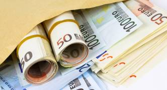 Personal transfers sent by EU residents down to €30.3 billion in 2016