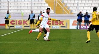 Valletta clinch last gasp winner against fighting Qormi