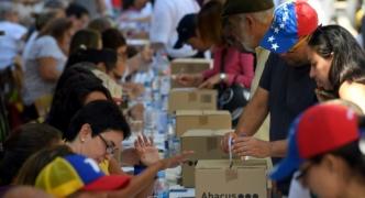 Venezuelans flocks to vote against President Maduro