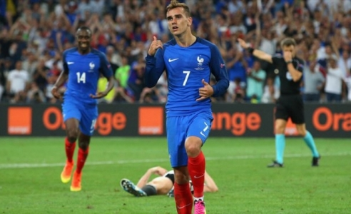 France beat Germany to reach Euro 2016 final