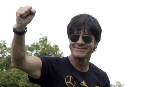 Loew to remain Germany coach until after Euro 2016