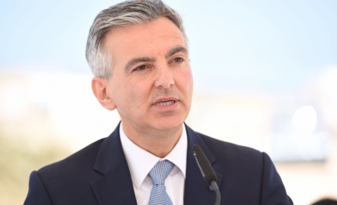 Busuttil calls on government to explain decision to pay more for hospital services