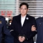 Samsung chief indicted for bribery, embezzlement amid scandal
