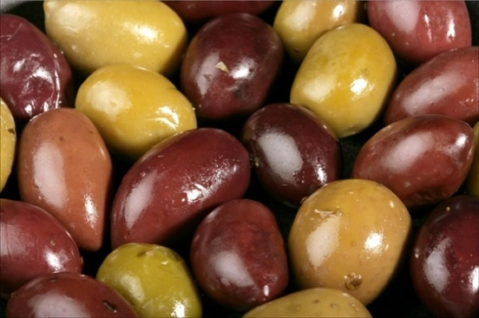 The only difference between a green and a black olive, however is the ripeness of the fruit, where a green olive is actually an unripened fruit