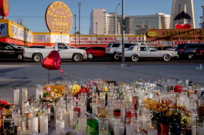 A memorial to the victims on the corner of Sahara Avenue and Las Vegas Boulevard. (Photo: Hilary Swift/The New York Times)
