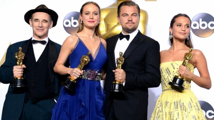(L-R) Winners Mark Rylance, Brie Larson, Leonardo DiCaprio and Alicia Vikander