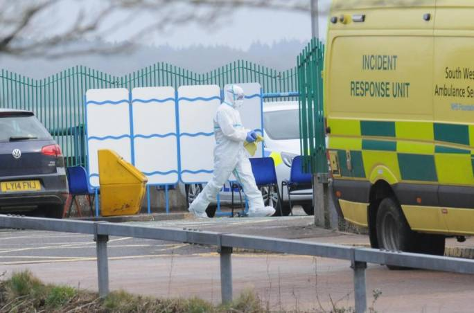 Russian Federation  to expel 23 British diplomats in escalating row over spy's poisoning