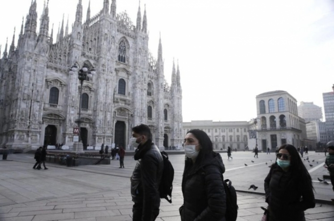 Venice Carnival closes as Italy imposes lockdown over coronavirus