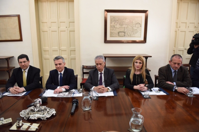 Simon Busuttil (second from left) with a PN delegation at the Chamber of Commerce