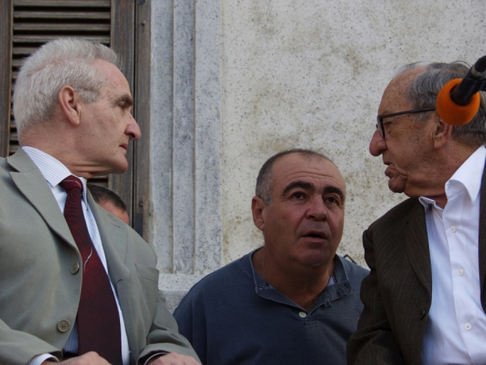 Karmenu Mifsud Bonnici (left) with Dom Mintoff (right) during a Front Maltin Inqumu rally in 2003