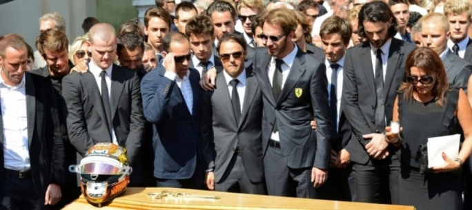 Driver's and family pay their respect to Jules Bianchi