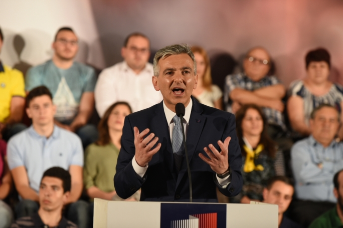 Simon Busuttil's press conference last Wednesday in which he alleged that a substantial sum of money had passed underhand from Keith Schembri to former Allied Newspapers chief, Adrian Hillman, continued to reinforce the agenda