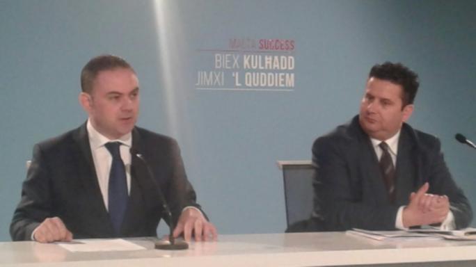 Labour has once again accused PN leader Simon Busuttil of double standards