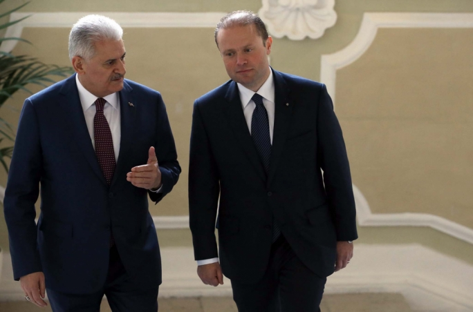 Binali Yilidrim with Joseph Muscat. Photo by Omar Camilleri DOI