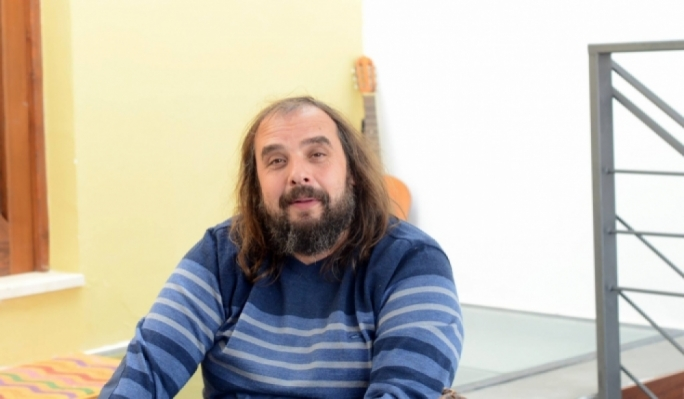 Sandro Ciliberti featured in news reports on his role as middleman for the procurement of school and laboratory equipment