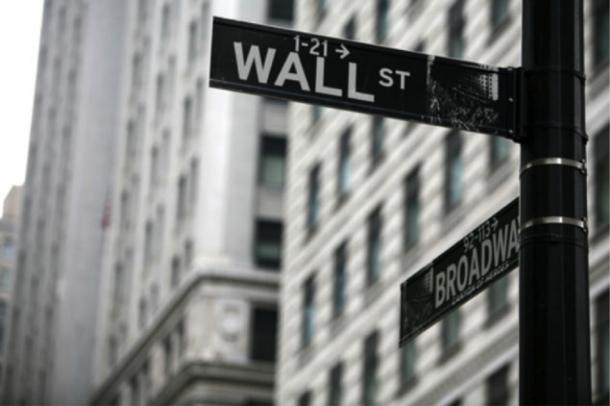 US stocks hovered near all-time highs on Tuesday