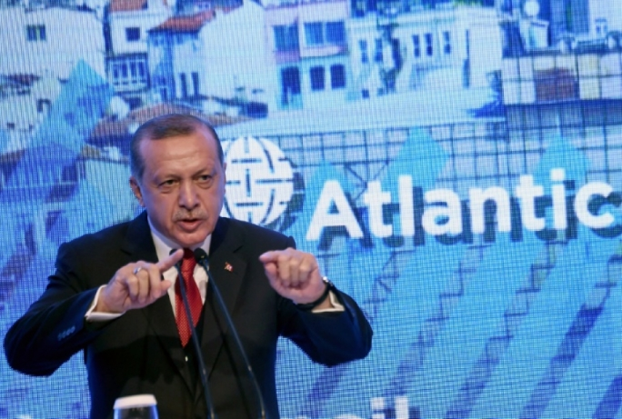 Turkey 'concerned' by United States flags beside terrorist 'rags'