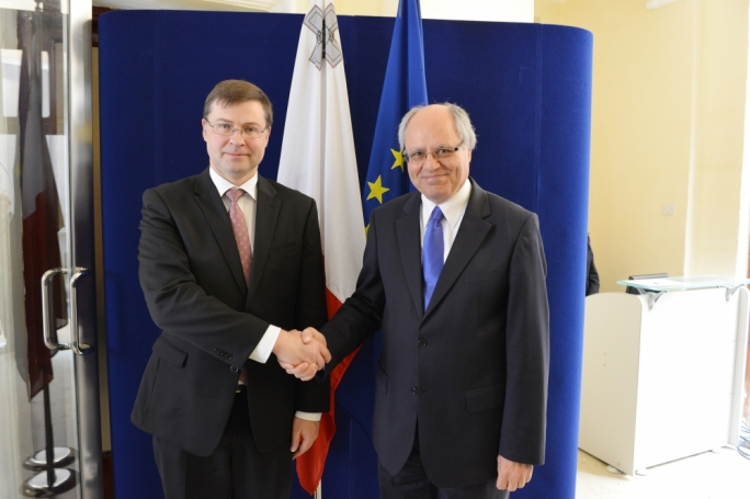 Finance minister Edward Scicluna with EU Commissioner for the Euro, Valdis Dombrovskis