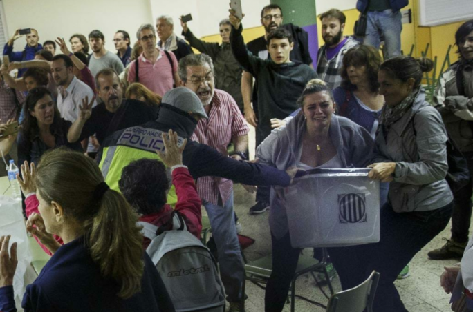 Hundreds have been injured in a Spanish government crackdown on a Catalan Independence referendum