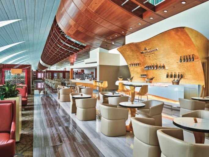 Meet the new Moët & Chandon champagne lounge created exclusively for Emirates for those who need a little bubbly to unwind