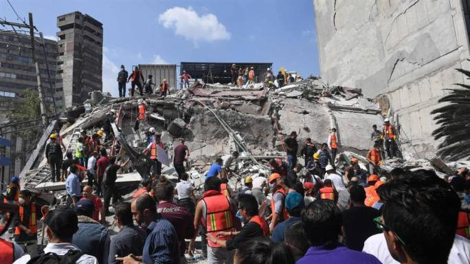 Chaos, confusion and destruction following earthquake in Mexico (Photo: news.com)