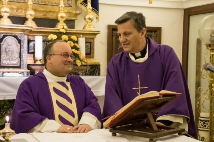 Archbishop Charles Scicluna (left) with Gozo bishop Mario Grech