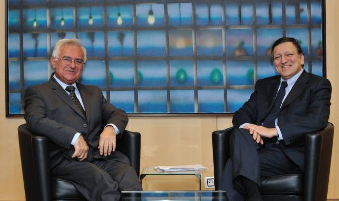 Sworn enemeis John Dalli (left) and former Commission president José Barroso