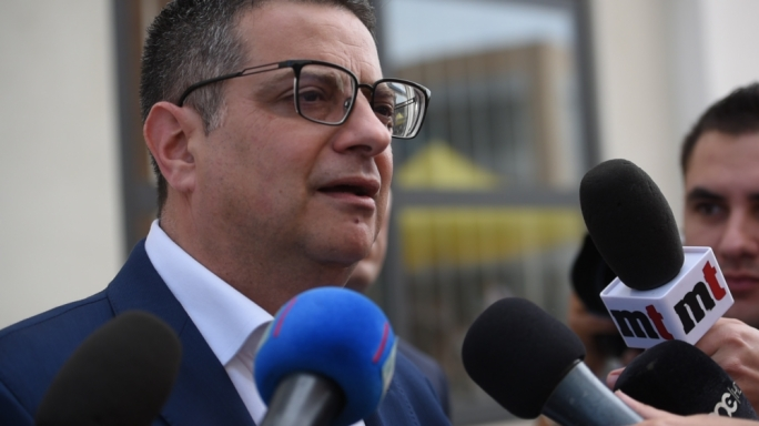 Adrian Delia said Simon Busuttil was free to believe Egrant was owned by Joseph Muscat, but he preferred not to speculate on the matter