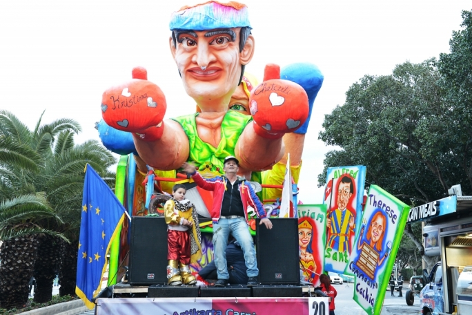 Independent candidate and beloved folk personality Zaren tal-Ajkla gets carried away in the carnival fun
