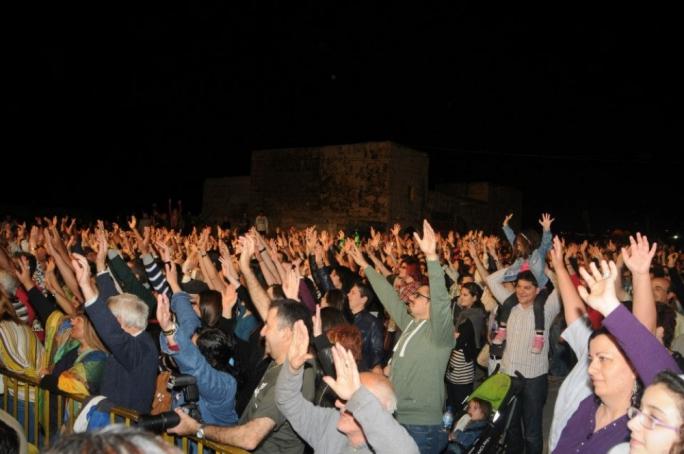Fans at Beland Music Festival