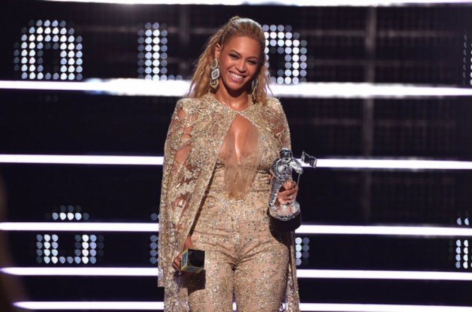 Beyonce accepting one of her many awards at the 2016 MTV Video Music Awards