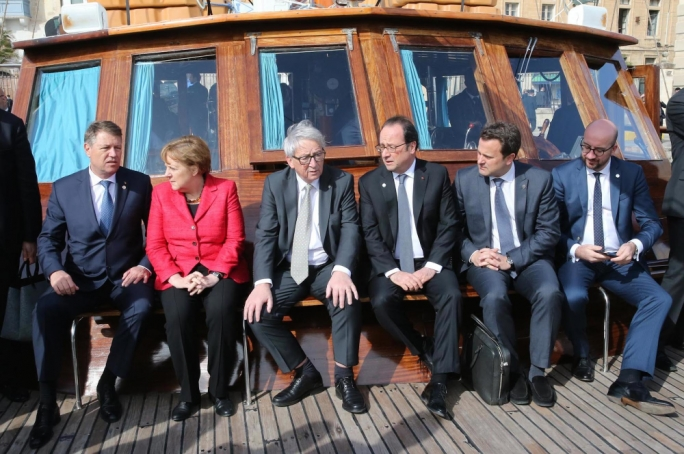From left: Klaus Iohannis (Romania), Angela Merkel (Germany), Jean-Claude Juncker (Commission President), Francois Hollande (France), Xavier Battel (Luxembourg) and Charles Michel (Belgium) (Photograph: DOI)