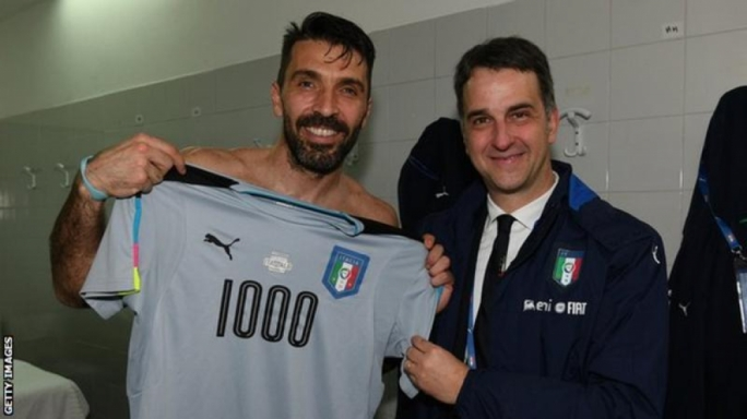 Gianluigi Buffon who played his one thousand career game.