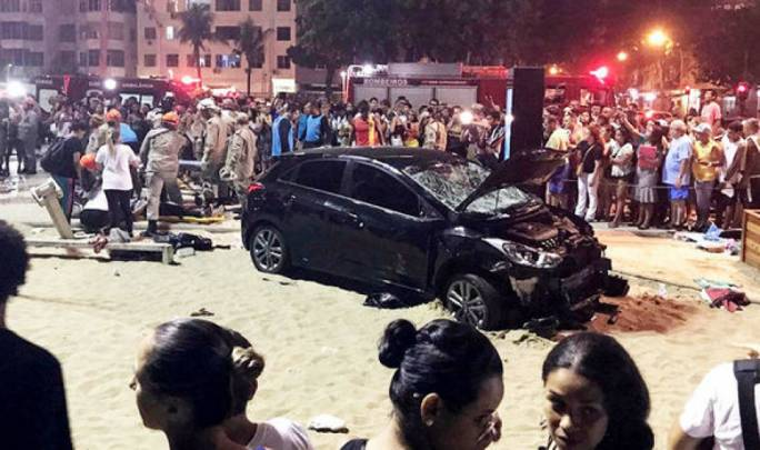 Baby killed as vehicle hits crowd in Copacabana beach
