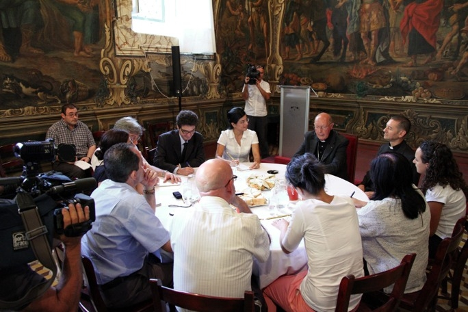 Cardinal Prospero Grech in an informal meeting with the press at the Archbishop's Curia. (Photo by Photocity, Valletta)