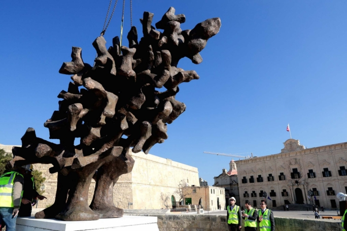 The monument celebrates Malta's emancipation from colonial powers