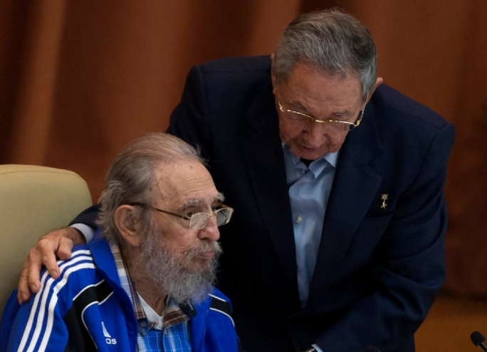 Fidel Castro, left, with his brother, President Raúl Castro, addressed Cuba's Communist Party at the party congress in Havana on Tuesday