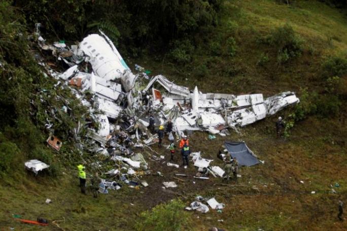 Chapecoense's rival teams offer loan players following fatal plane crash