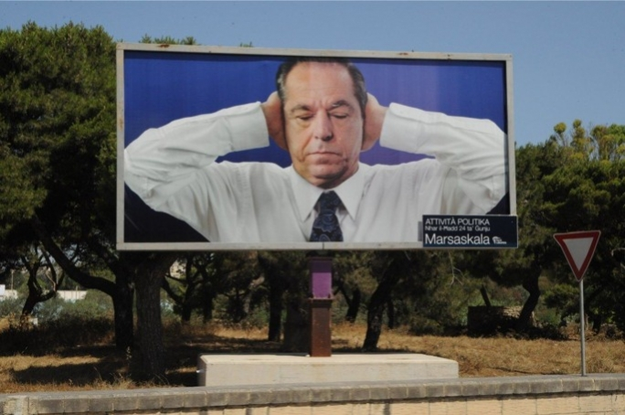 Transport Malta argued that the billboard was erected illegally and it could distract motorists.
