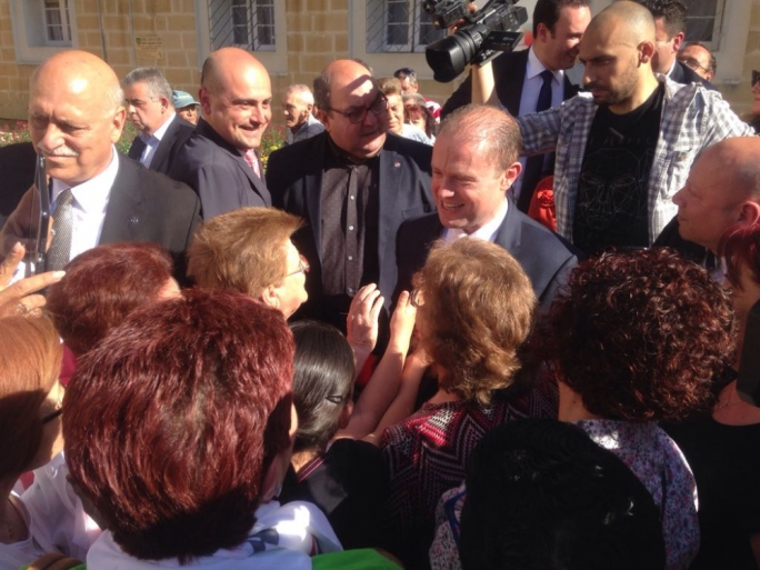Day 3 into the election campaign, Labour leader Joseph Muscat met residents of Ta' Xbiex