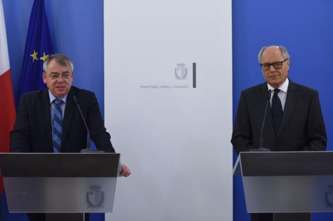 European Court of Auditors President Klaus-Heiner Lehne and Finance Minister Edward Scicluna (Photo: James Bianchi/MediaToday)