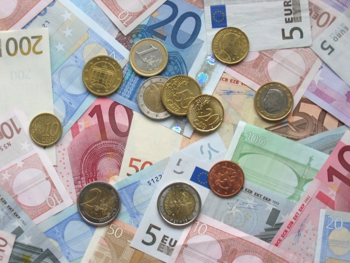 The government's consolidated fund registered a positive change of €99.7 million
